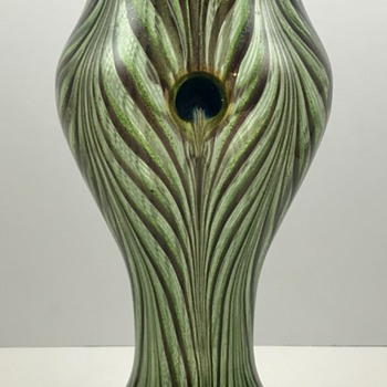 "Loetz Pfauenauge (Peacock) Vase in ""Tiffany-Art"", PN I-7509, ca. 1898 - Art Glass"