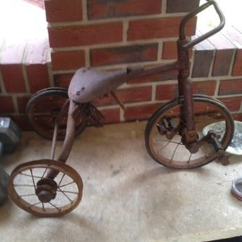 1935 tricycle found in attic - Sporting Goods