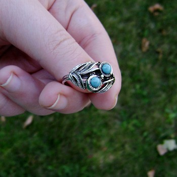 Sarah Coventry Ring - Zuni - Costume Jewelry