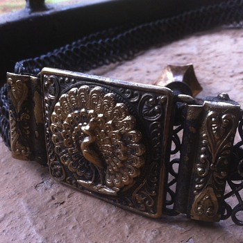 Victorian era belt and bucle metal detect find - Accessories