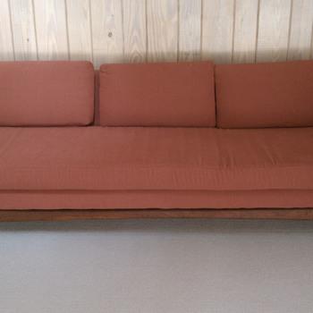 Love this sofa..need info