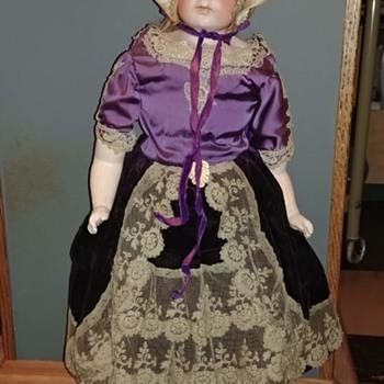 Unidentified Bisque Doll - Dolls