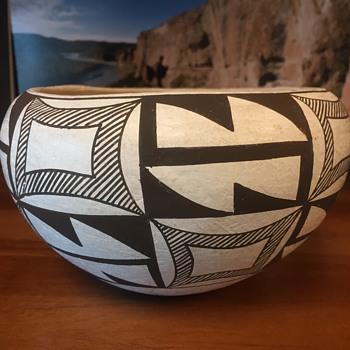 Marie Torivio Acoma Bowl - Native American