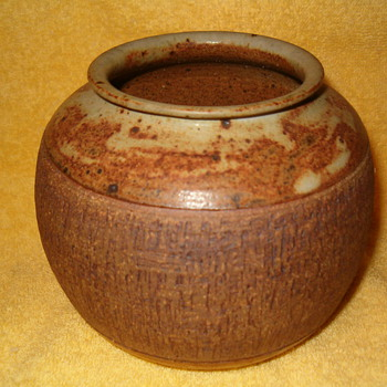 Michael Cardew Pottery Pot - Pottery