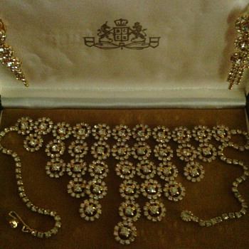 estate find so sparkly  - Costume Jewelry