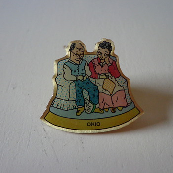 Ohio Grandparents on Couch Pin - Medals Pins and Badges