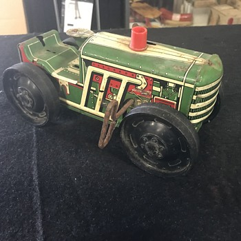 Marx toy  tractor.  - Toys