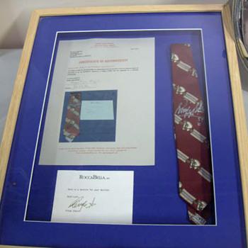 Ringo Starr's necktie-1989 - Music Memorabilia