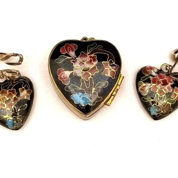 Vintage Cloisonne Mini Locket Brass Pendant Necklace Earring Set - Asian
