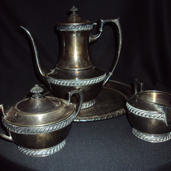 My wifes silver tea set. - Silver