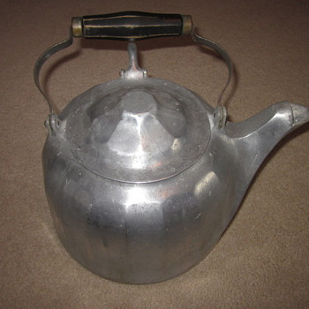 Wagner Ware Tea Kettle Dated 1902 - Kitchen