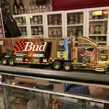 Budweiser NASCAR truck - Breweriana