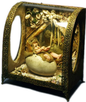Novelty Egg Doll in a box made 1870 - 1889