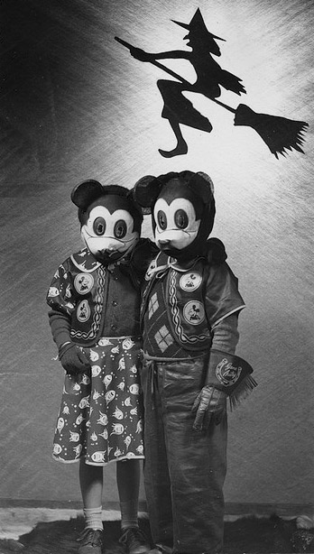 Monstrous Mice & 20 Halloween Costumes So Unsexy Theyu0027re Downright Scary ...