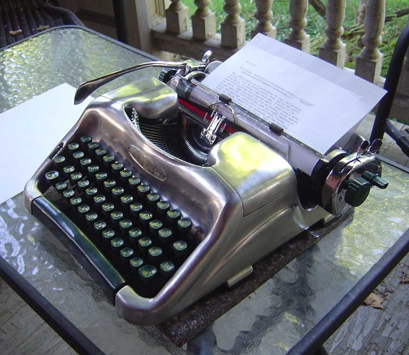 Typewriter collector Richard Polt thinks he could bribe Tom Hanks with his stripped down 1950s West German Voss. Via Writing Ball.