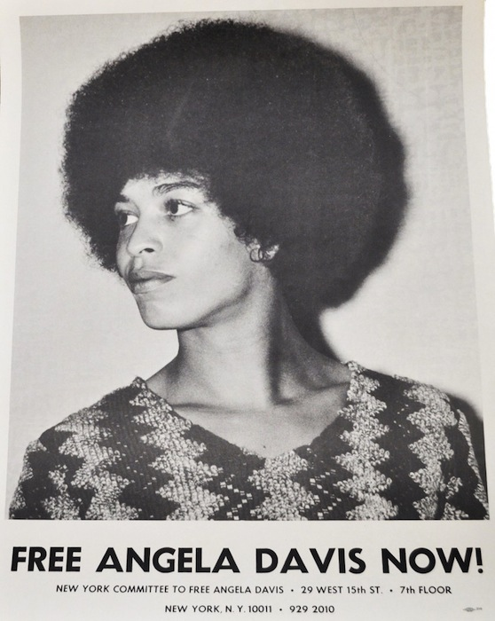 F. Joseph Crawford's photograph of Angela in 1969 was the source for Félix Beltrán's 1971 poster.