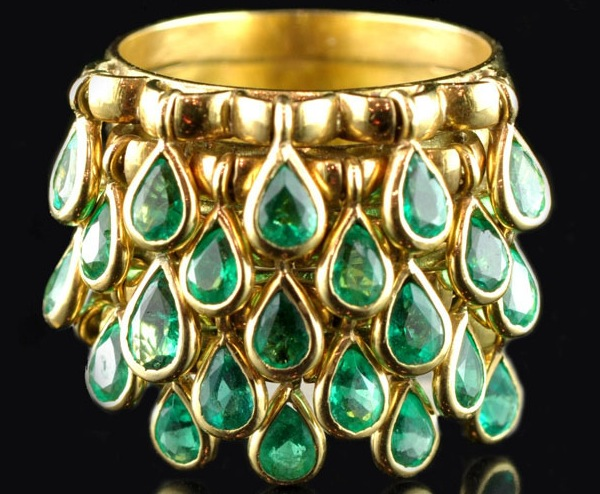 This 1950s gold French ring is covered in emerald teardrops. (The Hairpin, via Hancocks London)