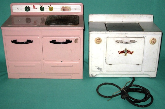 Little Lady and Little Chef electric toy ovens, both from the 1950s.
