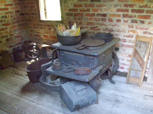 The stove in the Poplar Grove kitchen. (Photo by Arnold Modlin)