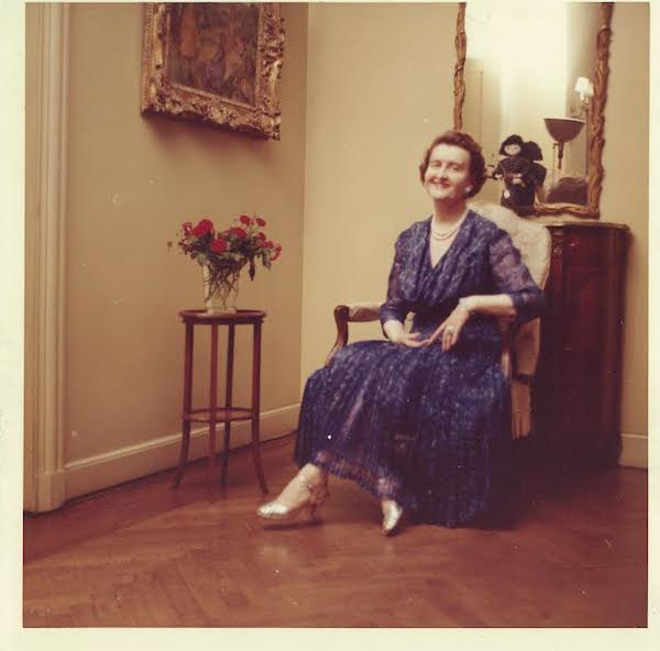 "Huguette was also an amateur photographer who collected high-end cameras. In the 1950s and 1960s, she would take simple self-portraits with a Polaroid instant camera in her Fifth Avenue apartment for Christmas and Easter. (Via the estate of Huguette Clark, from ""The Phantom of Fifth Avenue"")"