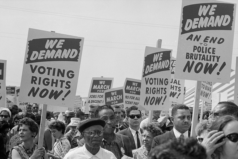 trikosko---Marchers-with-signs-at-the-March-on-Washington,-1963