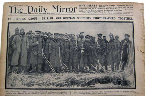 Christmas-Truce_soldiers6_newspaper