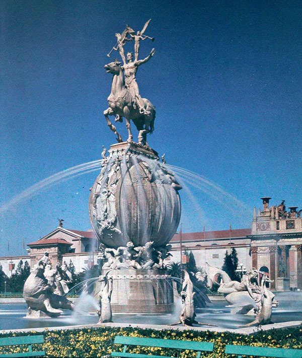 The Fountain of Energy greeted visitors upon entering the South Gardens. Via the Smithsonian.