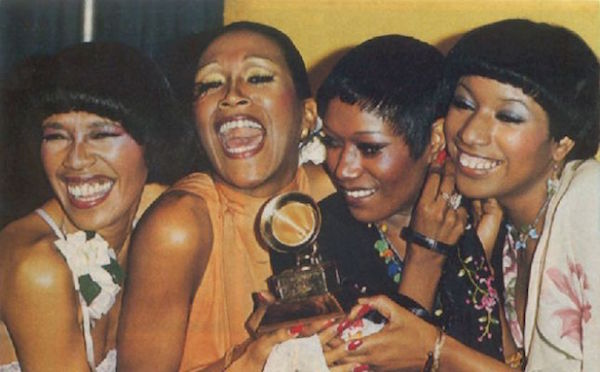 The Pointer Sisters accept their first Grammy for best country vocal performance by a duo or group for the year 1974. (Via ThePointerSisters.com)