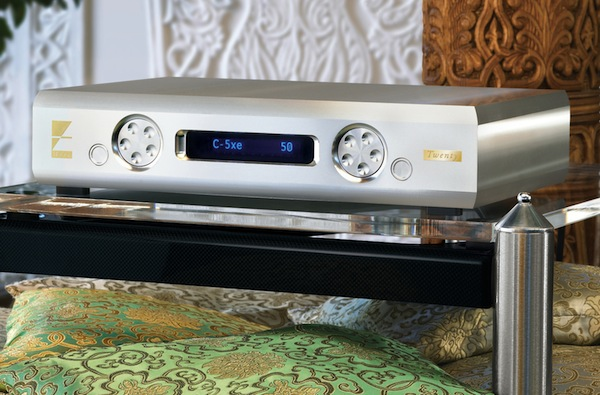 Ayre's KX-R Twenty may be the first solid-state amplifier to reproduce a classic vacuum-tube sound.