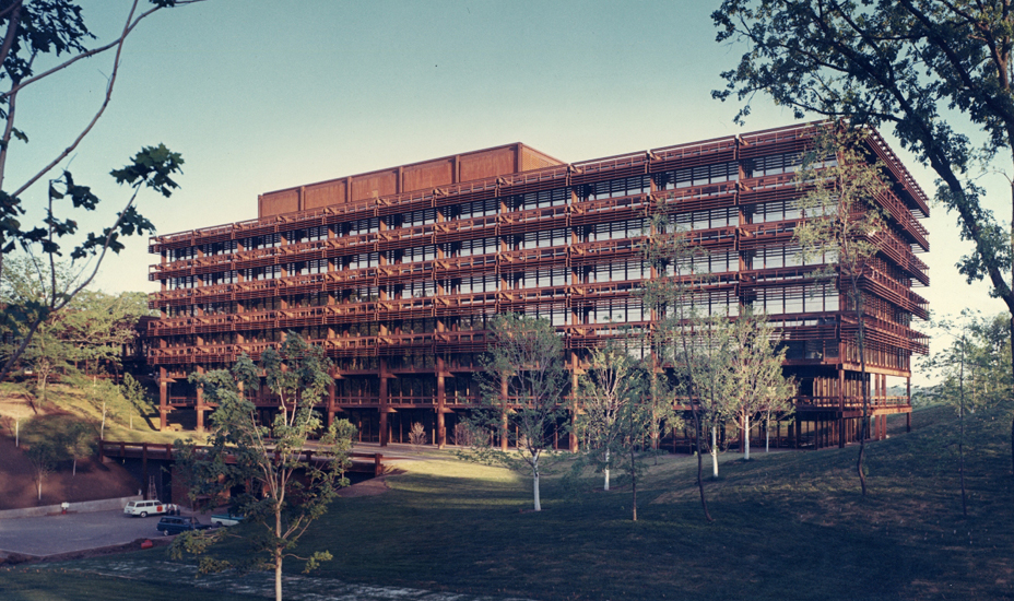 Eero Saarinen's project for the John Deere World Headquarters, which was finished in 1964, exemplifies the corporate estate isolated in a pastoral setting.