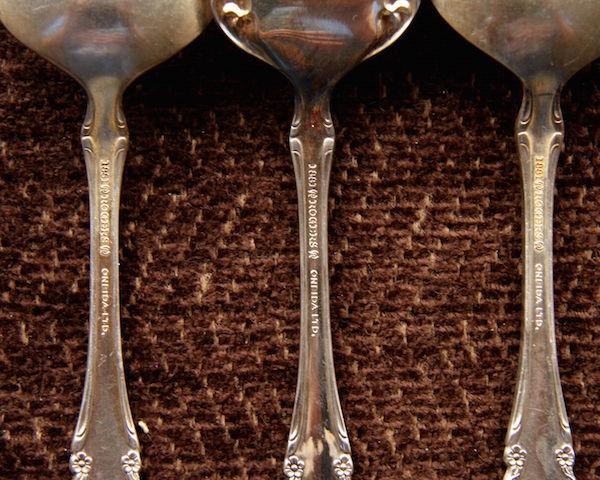 oneida_silverware_1881rogers_mark_ebay