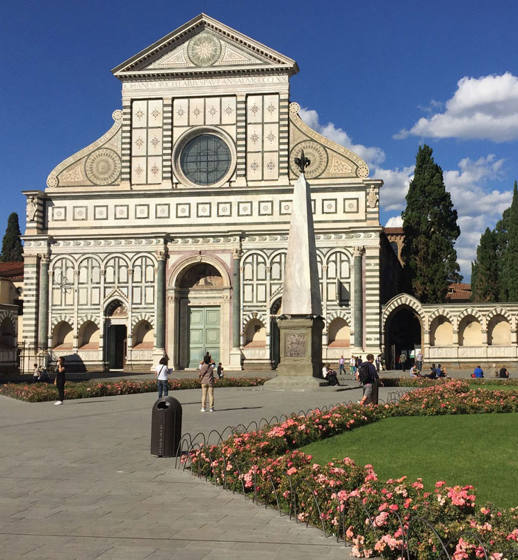 The façade of the Basilica of Santa Maria Novella was completed in 1470.