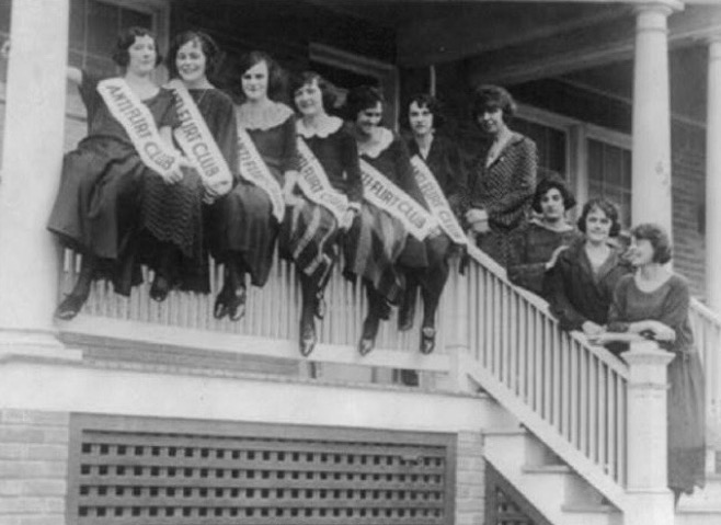 Charter members of the Washington, D.C. Anti-Flirt Club pose for a group photo in 1923.