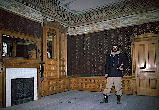 Larry Boyce in the Armstrong Mansion, Salt Lake City. Photo by Ken Huse.