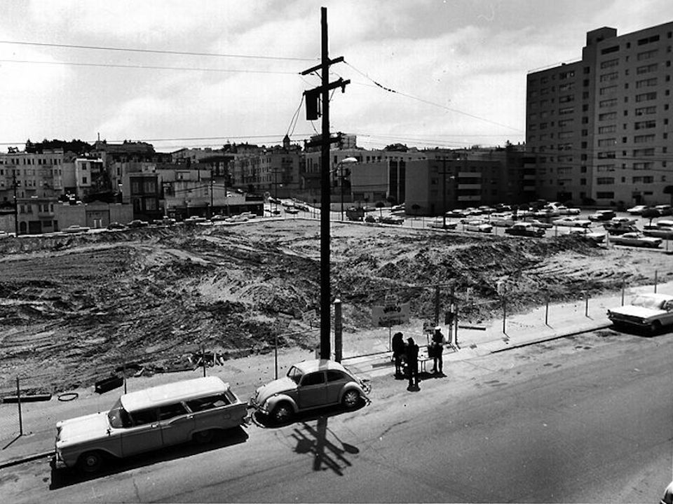 A vacant lot along Geary Boulevard in the Western Addition during the redevelopment process in the 1960s. Via the San Francisco Redevelopment Agency.