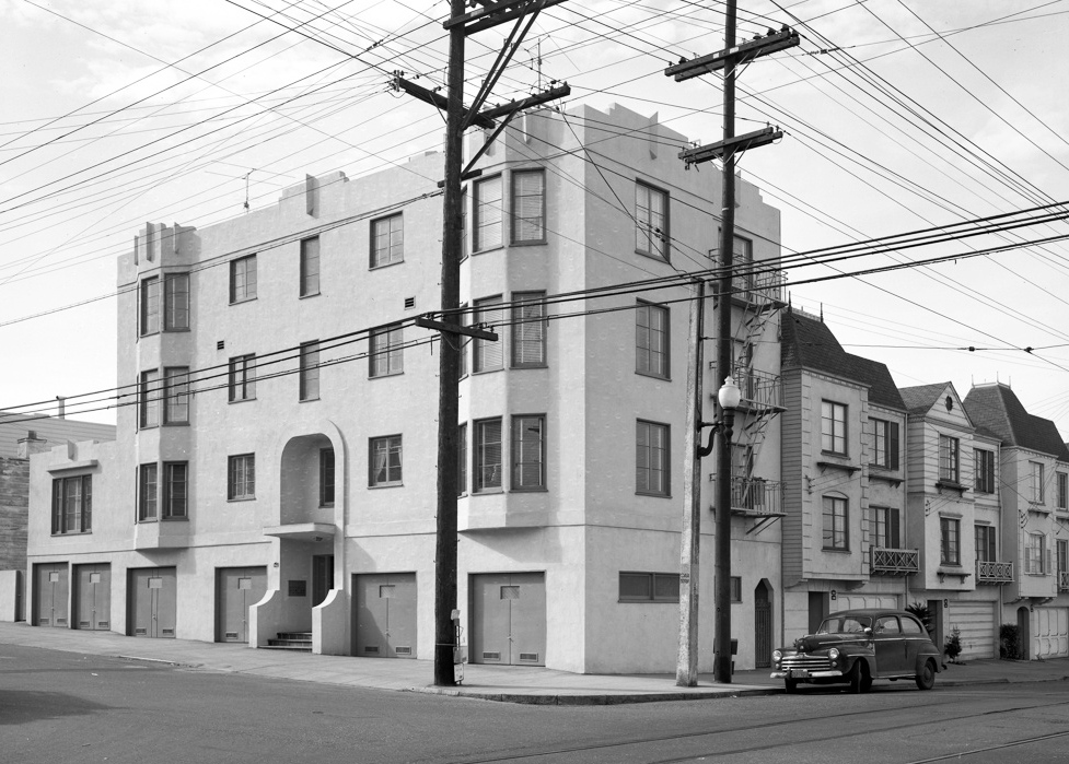 Even small apartment buildings like this one on 20th Avenue in the Sunset are no longer legal to build in most of San Francisco. Via the Western Neighborhoods Project.
