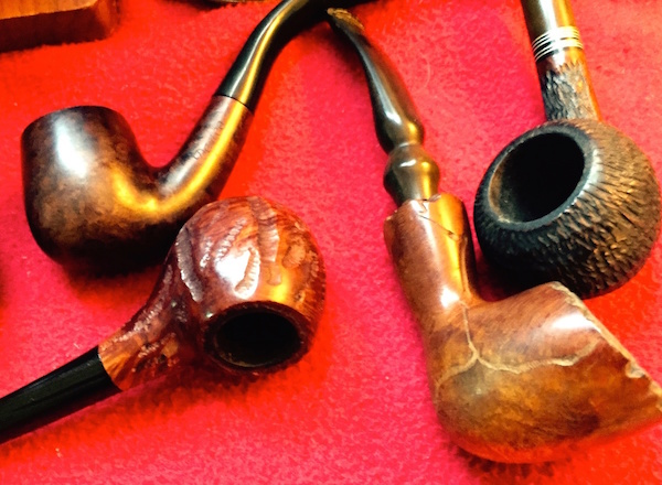 Show&Teller Pipesmoker says these were his grandfather's pipes, collected between the 1940s and 1960s. (Posted on Show&Telll by Pipesmoker)