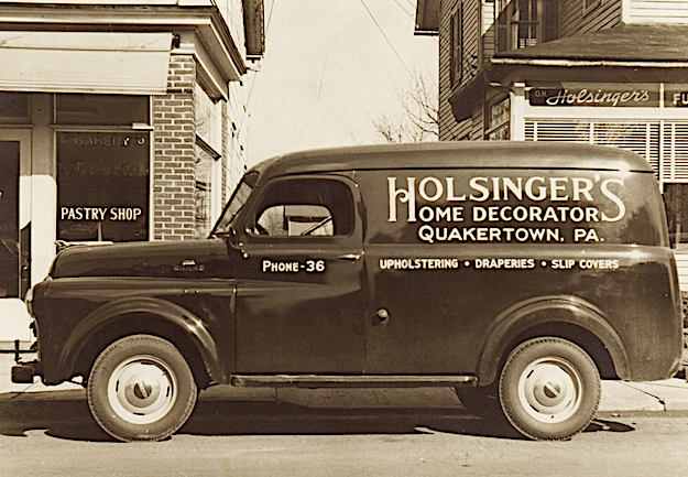 The home where Singer grew up featured a storefront where Singer's adoptive father, Galen Holsinger, conducted business. Singer helped Galen strip furniture and make deliveries.