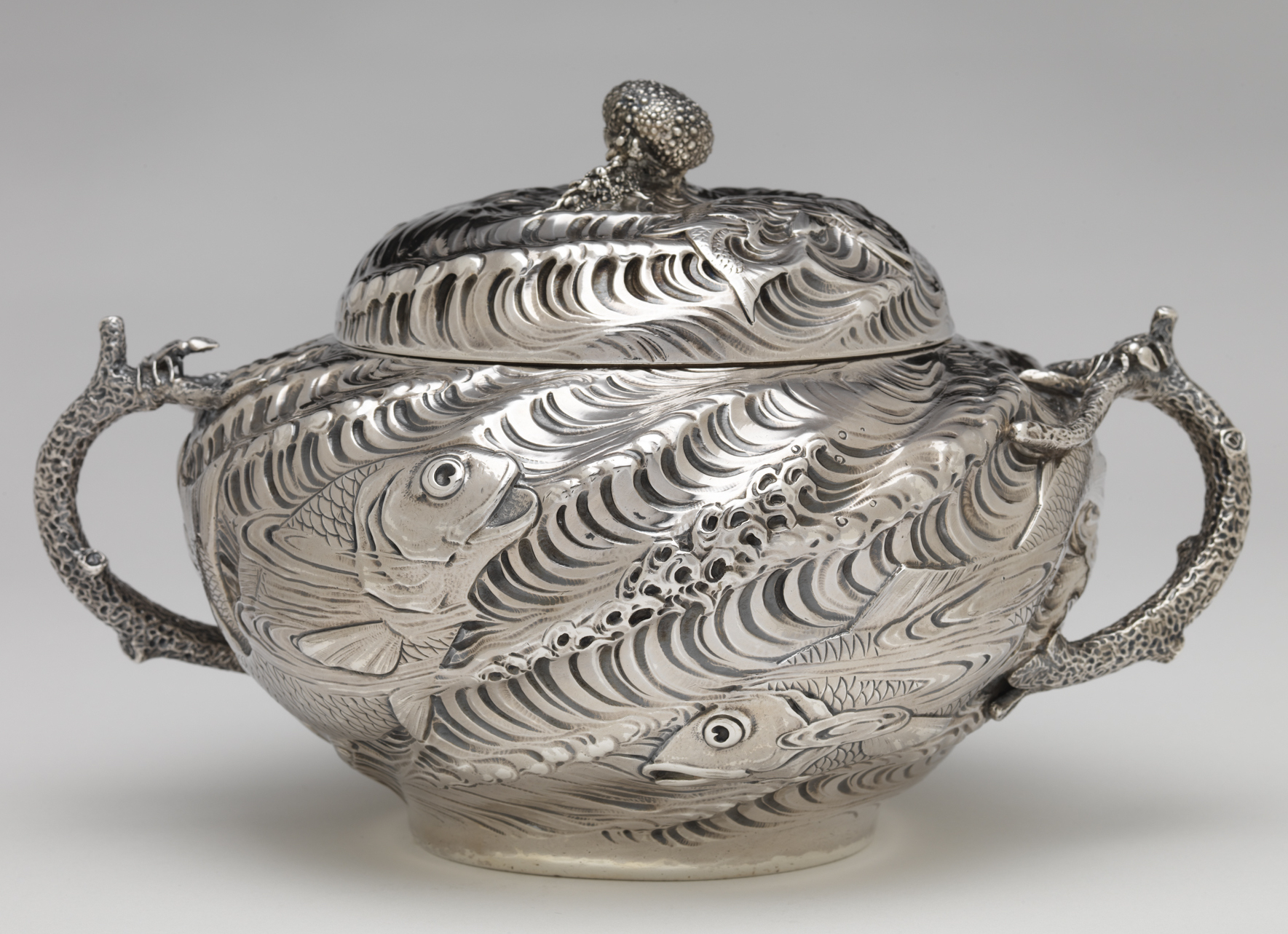 Gorham Manufacturing Company, Tureen, 1884. Gift of Mrs. Pierre Brunschwig. RISD Museum, Providence, RI.