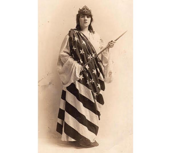 flag-dress-600
