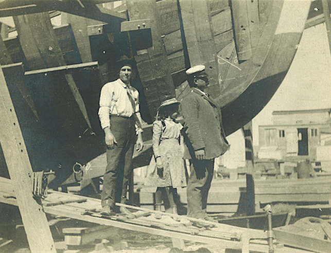 Little Eva (center), the granddaughter of Matthew Turner, spent a lot of time at the Turner Shipyards, pictured above. Her father, Charlie Chapman (right), ran the shipyard from 1897 until 1906.